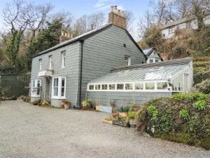 Grey Cottage, Lee